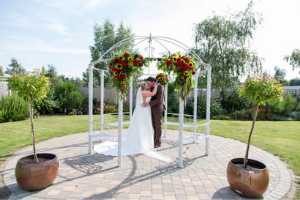 Step by step guide on how to start planning your wedding